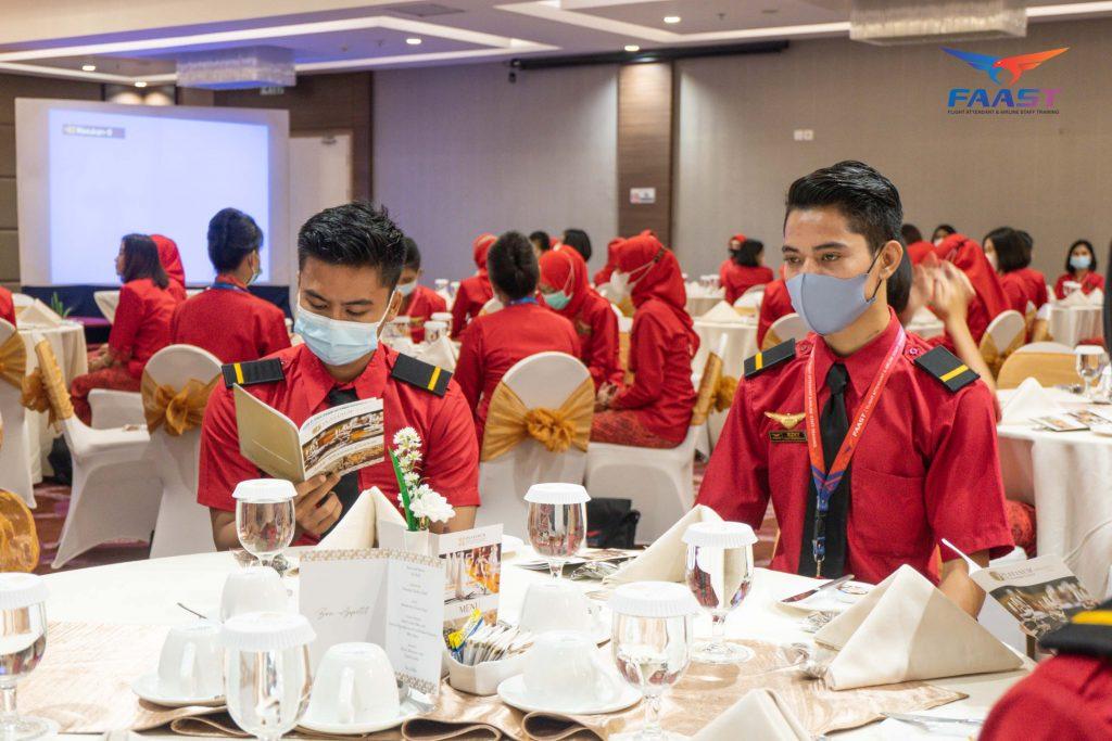 Table Manner FAAST Penerbangan Angkatan November 2020 (1 of 43)