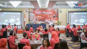 Table Manner Sekolah Pramugari Pramugara dan Staff Airlines FAAST Penerbangan Yogyakarta (10 of 27)